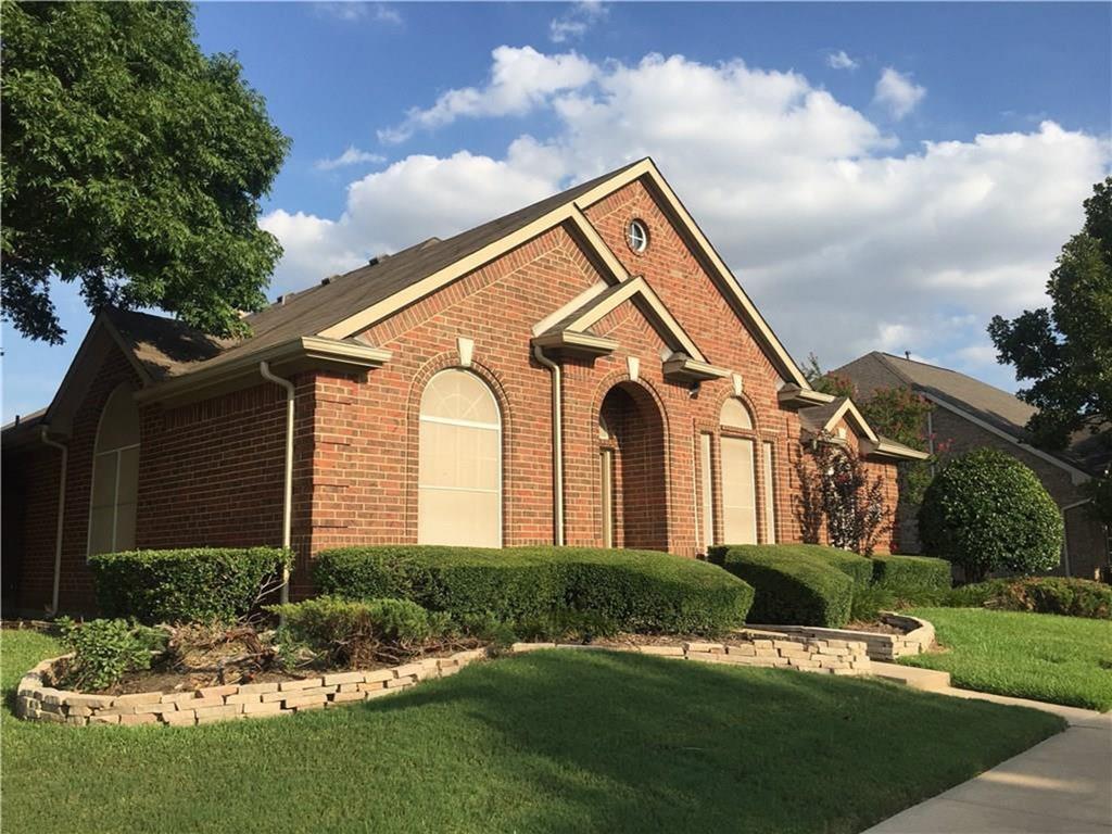 8640 Wood Creek  Drive, Irving, Texas 75063 - Acquisto Real Estate best frisco realtor Amy Gasperini 1031 exchange expert