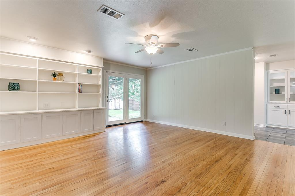 6821 Chickering  Road, Fort Worth, Texas 76116 - acquisto real estate best realtor westlake susan cancemi kind realtor of the year