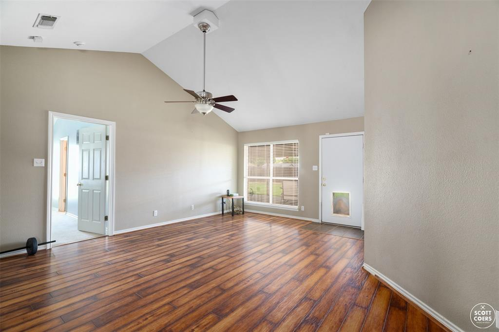2713 Hunters Run  Brownwood, Texas 76801 - acquisto real estate best real estate company to work for