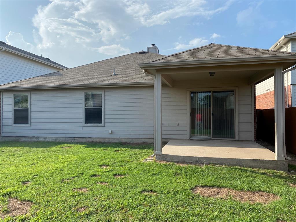 2033 Hanakoa Falls  Drive, Anna, Texas 75409 - acquisto real estate best looking realtor in america shana acquisto