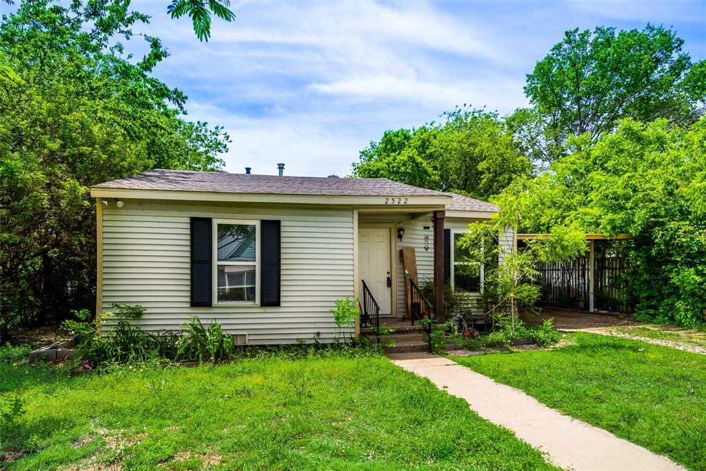 2522 High Crest  Avenue, Fort Worth, Texas 76111 - acquisto real estate best flower mound realtor jody daley lake highalands agent of the year