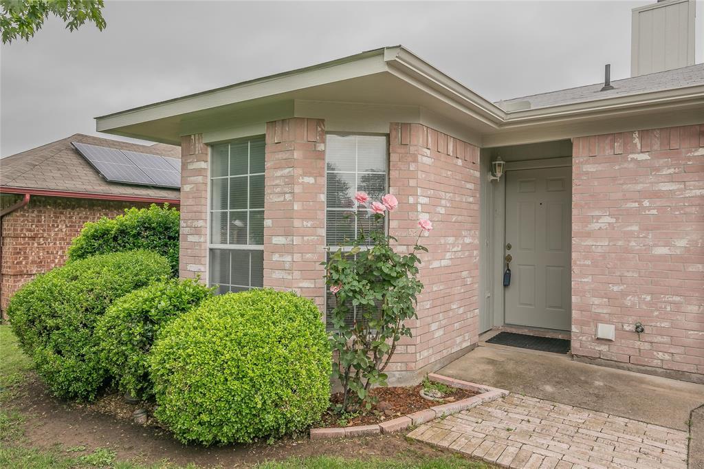 1605 Dorchester  Street, Fort Worth, Texas 76134 - acquisto real estate best allen realtor kim miller hunters creek expert