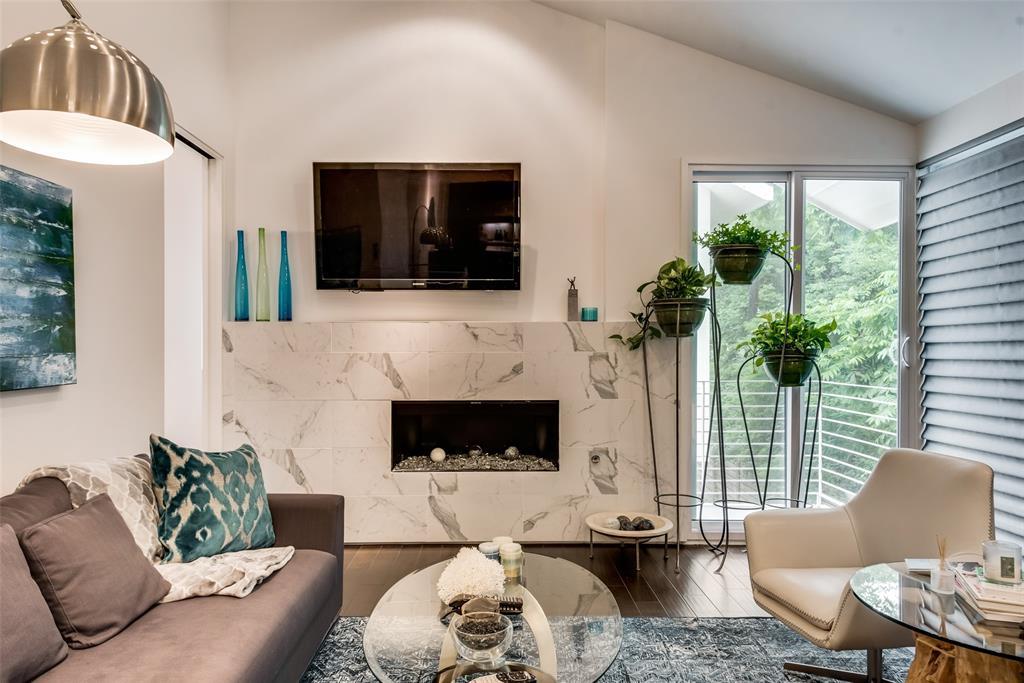 4711 Live Oak  Street, Dallas, Texas 75204 - acquisto real estate best listing agent in the nation shana acquisto estate realtor