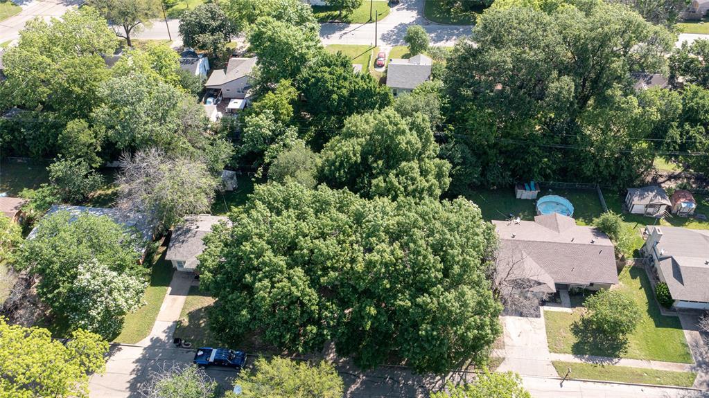1508 Nichols  Street, Ennis, Texas 75119 - acquisto real estate best realtor westlake susan cancemi kind realtor of the year