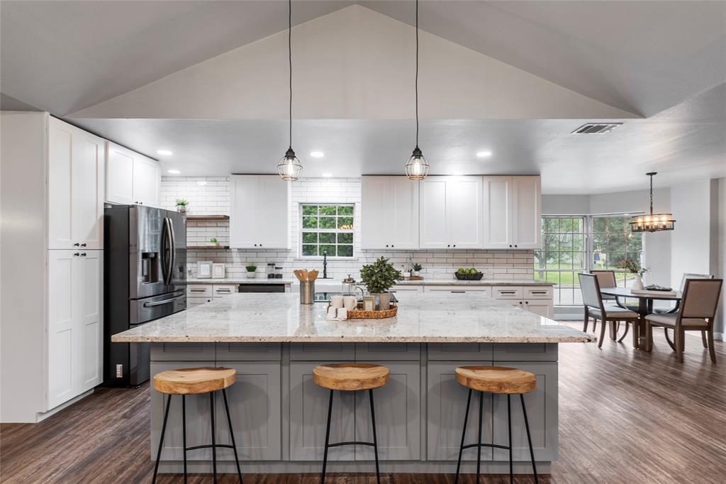 1 Post Oak  Circle, Greenville, Texas 75402 - acquisto real estate best highland park realtor amy gasperini fast real estate service
