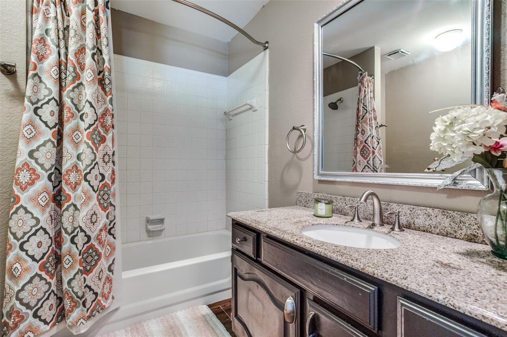 1704 Endicott  Drive, Plano, Texas 75025 - acquisto real estate best negotiating realtor linda miller declutter realtor