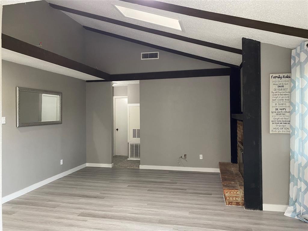 616 Via Sevilla  Mesquite, Texas 75150 - acquisto real estate best plano real estate agent mike shepherd
