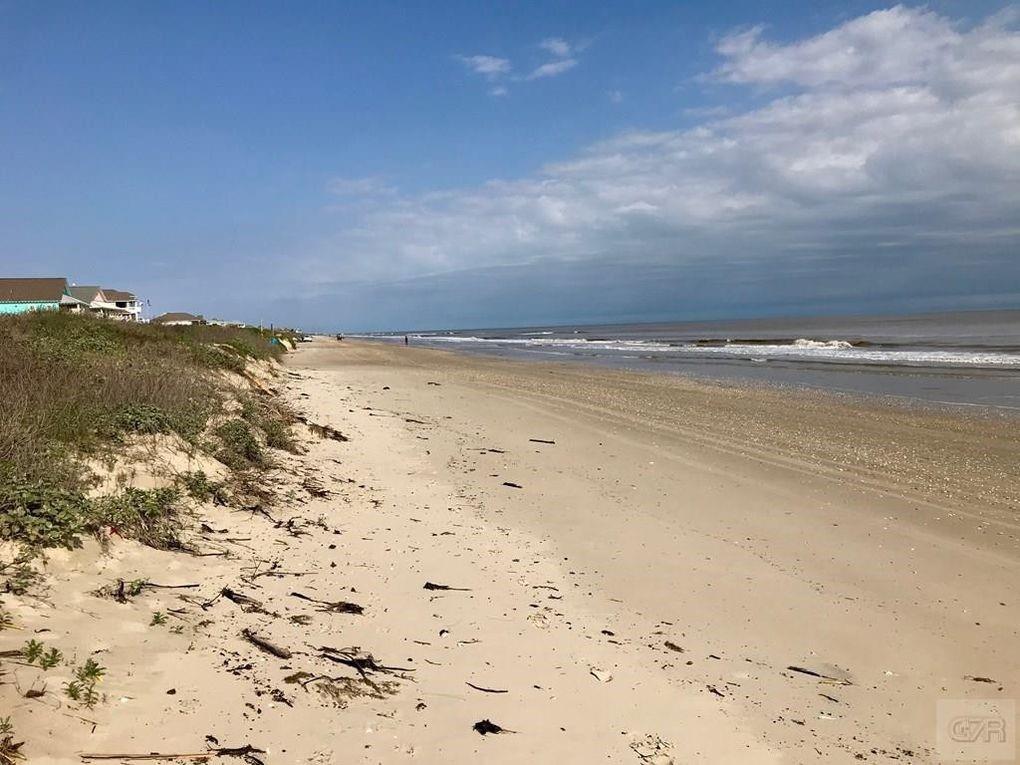 2930 Tropicana  Crystal Beach, Texas 77650 - Acquisto Real Estate best frisco realtor Amy Gasperini 1031 exchange expert