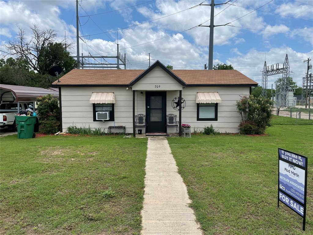 709 Santa Fe  Street, Santa Anna, Texas 76878 - Acquisto Real Estate best frisco realtor Amy Gasperini 1031 exchange expert
