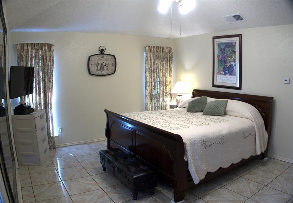 9926 Chimney Hill  Lane, Dallas, Texas 75243 - acquisto real estate best celina realtor logan lawrence best dressed realtor