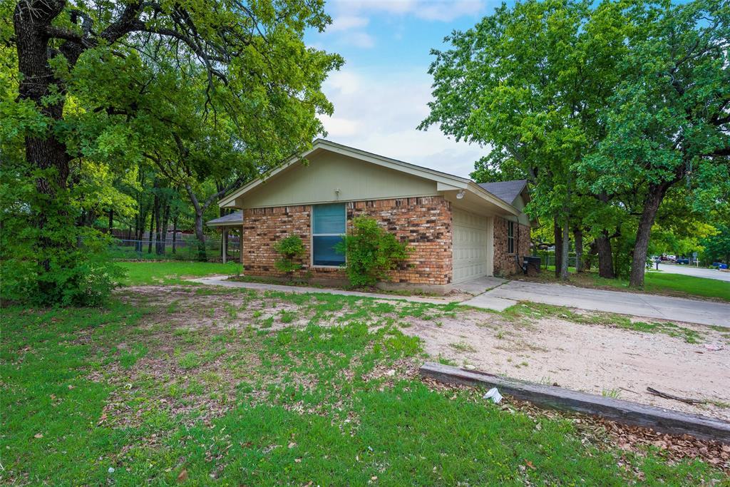 900 Sandy Beach  Road, Azle, Texas 76020 - Acquisto Real Estate best frisco realtor Amy Gasperini 1031 exchange expert