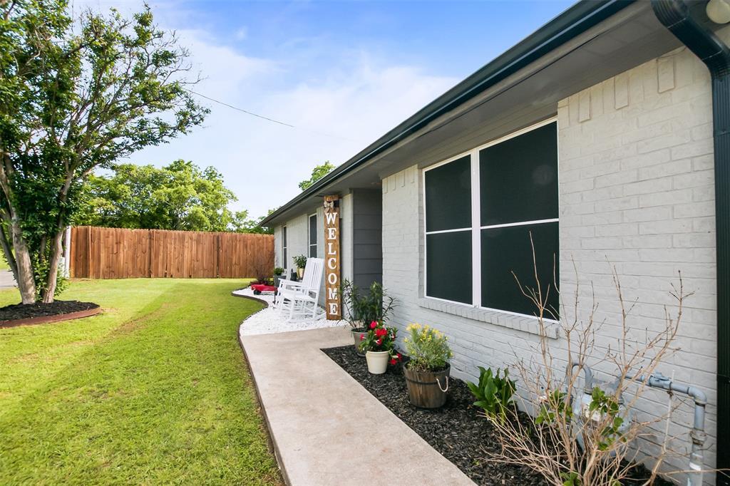 704 Lantrip  Street, Aubrey, Texas 76227 - Acquisto Real Estate best frisco realtor Amy Gasperini 1031 exchange expert