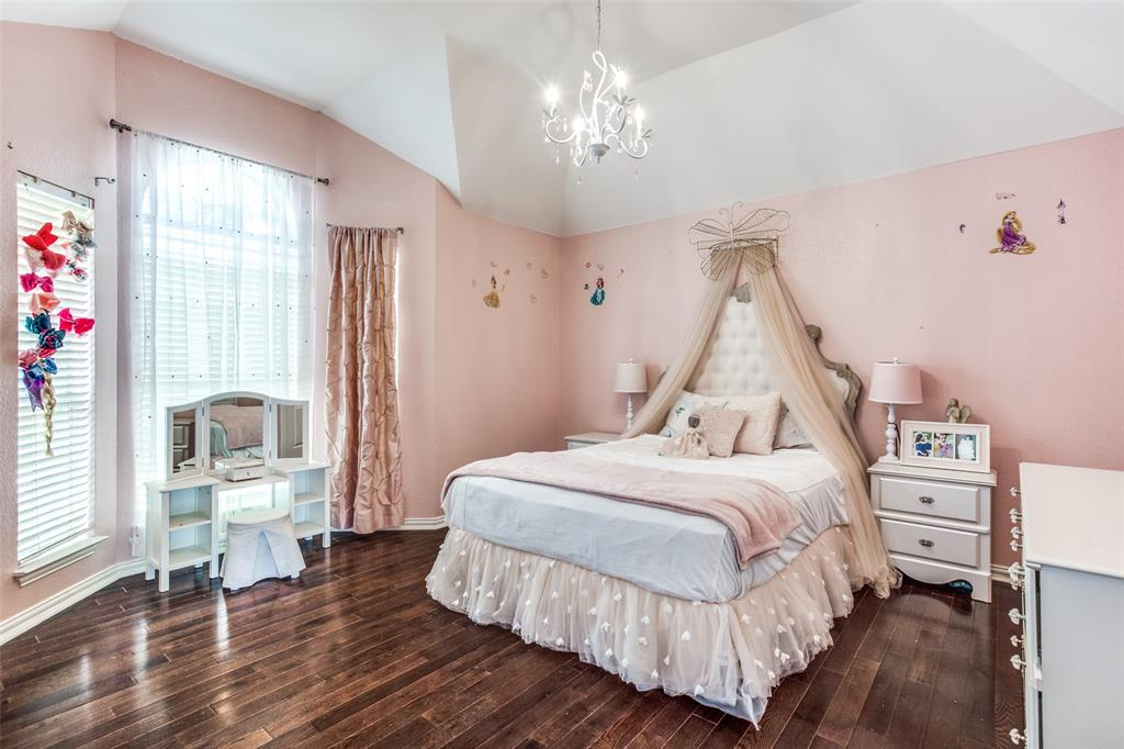 1704 Endicott  Drive, Plano, Texas 75025 - acquisto real estate best realtor foreclosure real estate mike shepeherd walnut grove realtor
