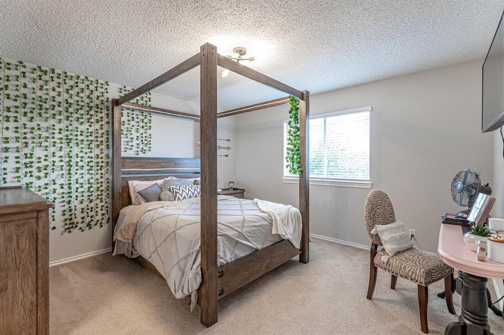 2802 Roam  Court, Granbury, Texas 76049 - acquisto real estate best realtor dfw jody daley liberty high school realtor