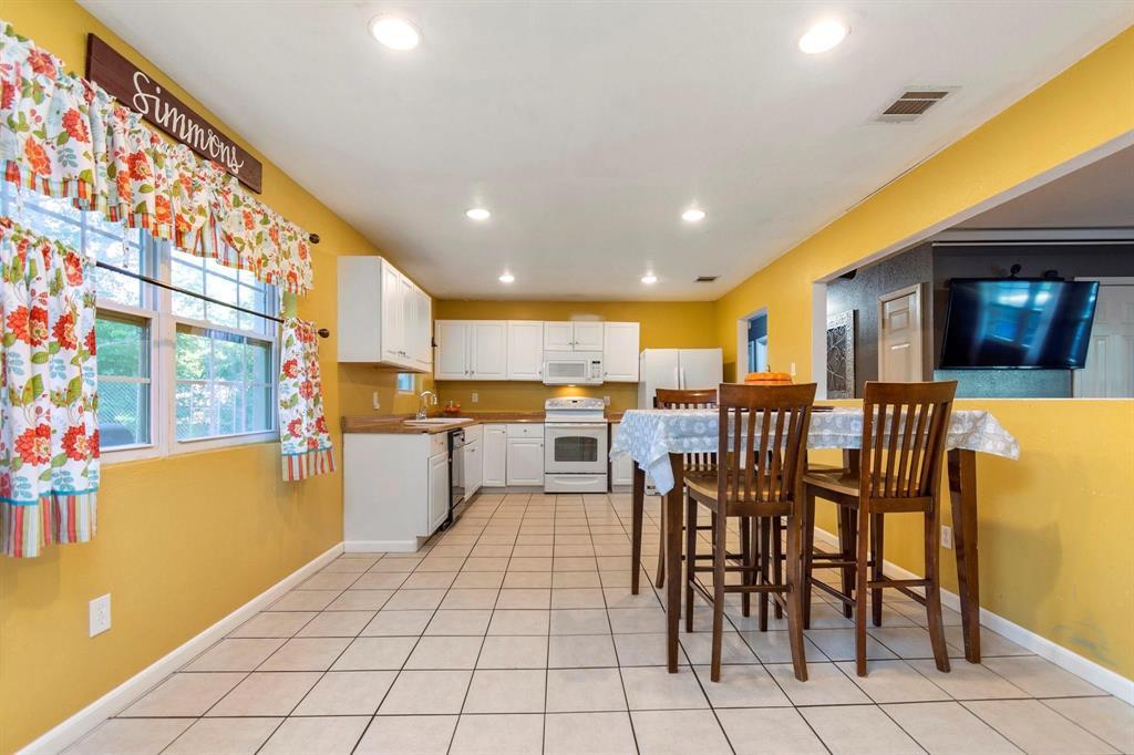 5701 Hanson  Drive, Watauga, Texas 76148 - acquisto real estate best listing photos hannah ewing mckinney real estate expert
