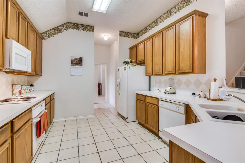 2309 Great Bear  Lane, Denton, Texas 76210 - acquisto real estate best prosper realtor susan cancemi windfarms realtor