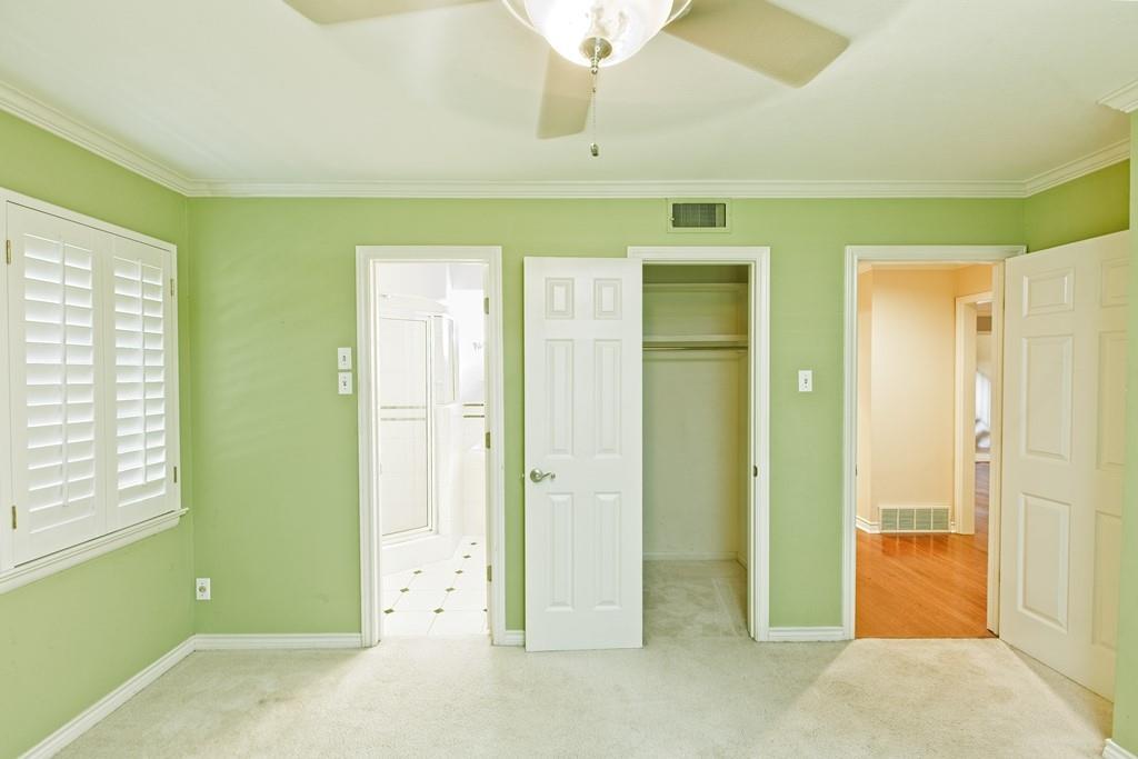 8635 Shagrock  Lane, Dallas, Texas 75238 - acquisto real estate best frisco real estate agent amy gasperini panther creek realtor