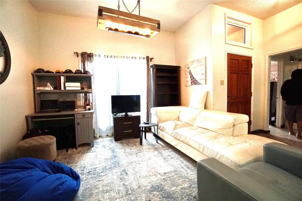 4905 Inwood  Drive, Rowlett, Texas 75088 - acquisto real estate best luxury buyers agent in texas shana acquisto inheritance realtor