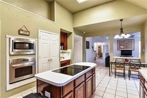 2021 Broadleaf  Drive, Arlington, Texas 76001 - acquisto real estate best highland park realtor amy gasperini fast real estate service