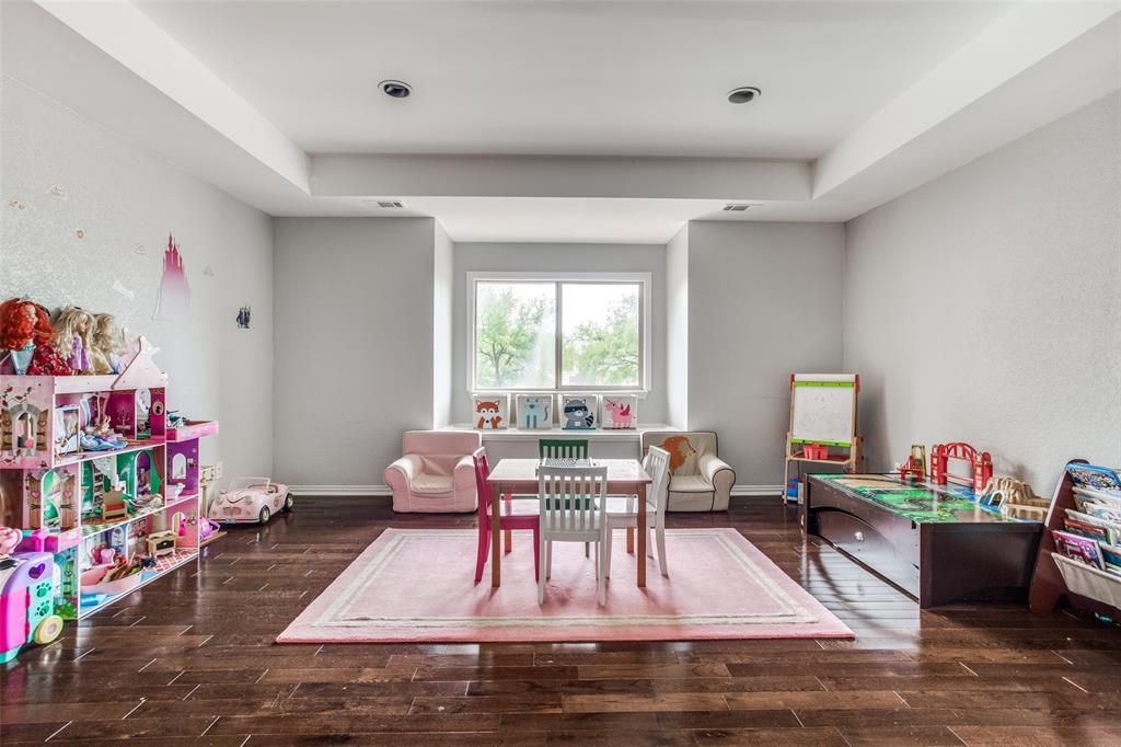 1704 Endicott  Drive, Plano, Texas 75025 - acquisto real estate best realtor dfw jody daley liberty high school realtor