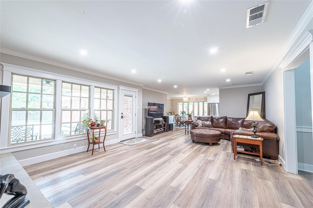 4508 Briarhaven  Road, Fort Worth, Texas 76109 - acquisto real estate best style realtor kim miller best real estate reviews dfw