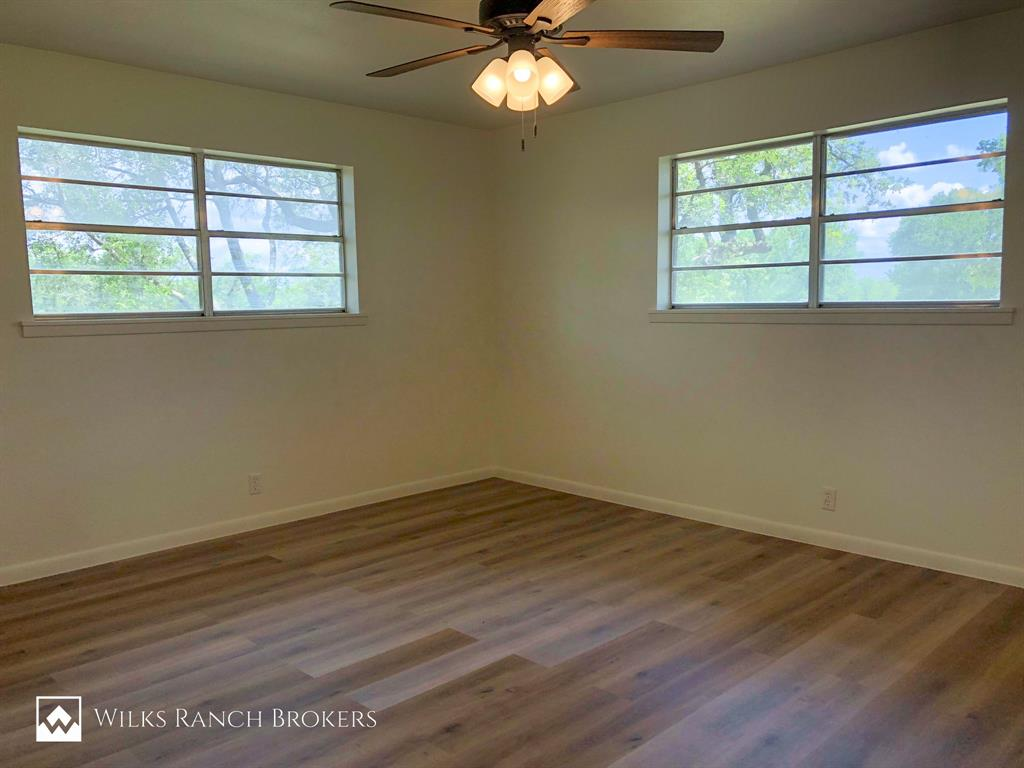 395 Medlan Chapel  Road, Graham, Texas 76450 - acquisto real estaet best boutique real estate firm in texas for high net worth sellers