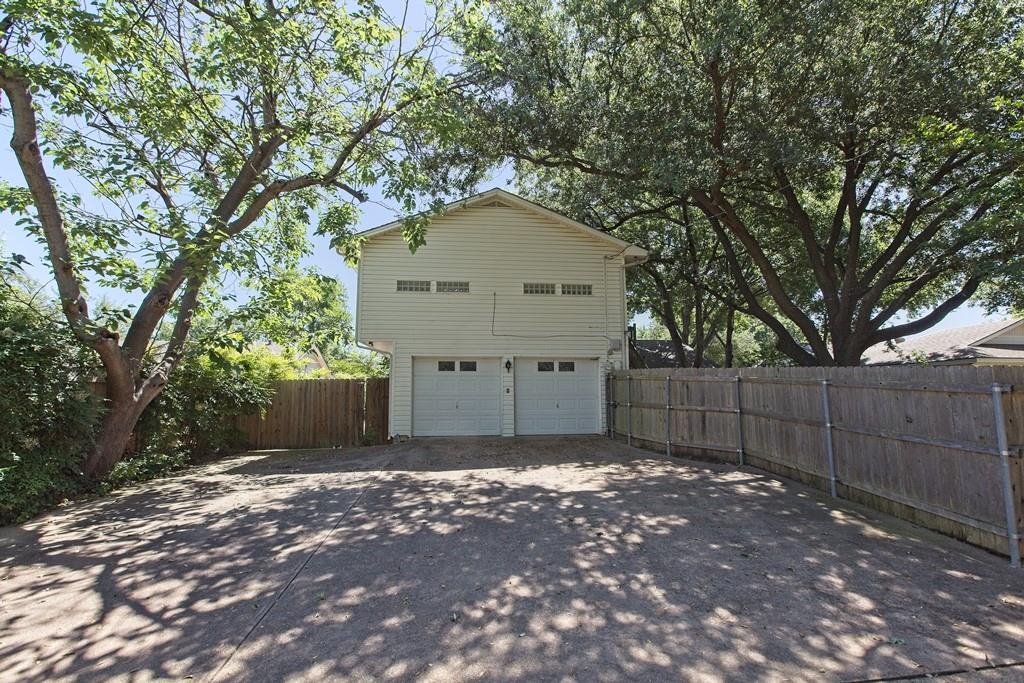 8635 Shagrock  Lane, Dallas, Texas 75238 - acquisto real estate best allen realtor kim miller hunters creek expert