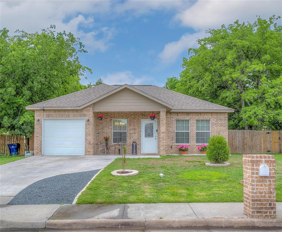 4904 Church  Street, Greenville, Texas 75401 - Acquisto Real Estate best plano realtor mike Shepherd home owners association expert