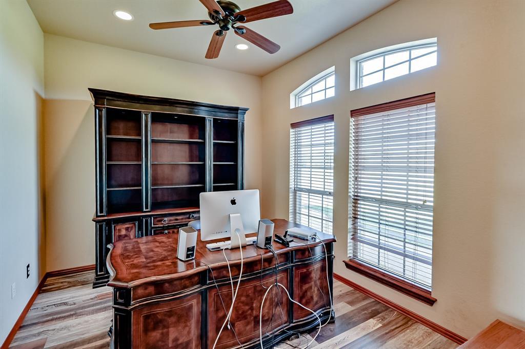 7431 Drury Cross  Road, Burleson, Texas 76028 - acquisto real estate best investor home specialist mike shepherd relocation expert