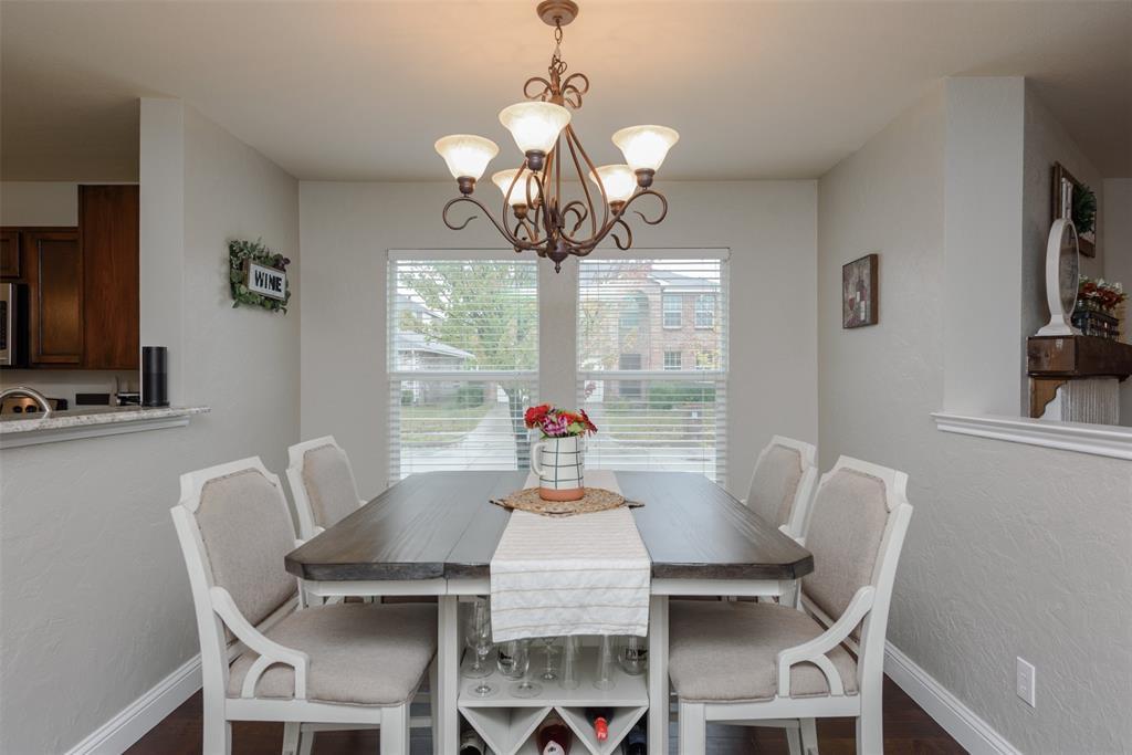 2921 Desert  Drive, Denton, Texas 76210 - acquisto real estate best listing agent in the nation shana acquisto estate realtor