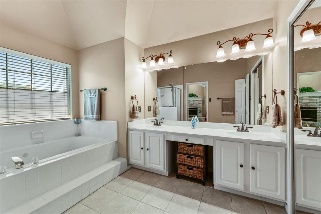 2311 Norwich  Drive, Carrollton, Texas 75006 - acquisto real estate best realtor westlake susan cancemi kind realtor of the year