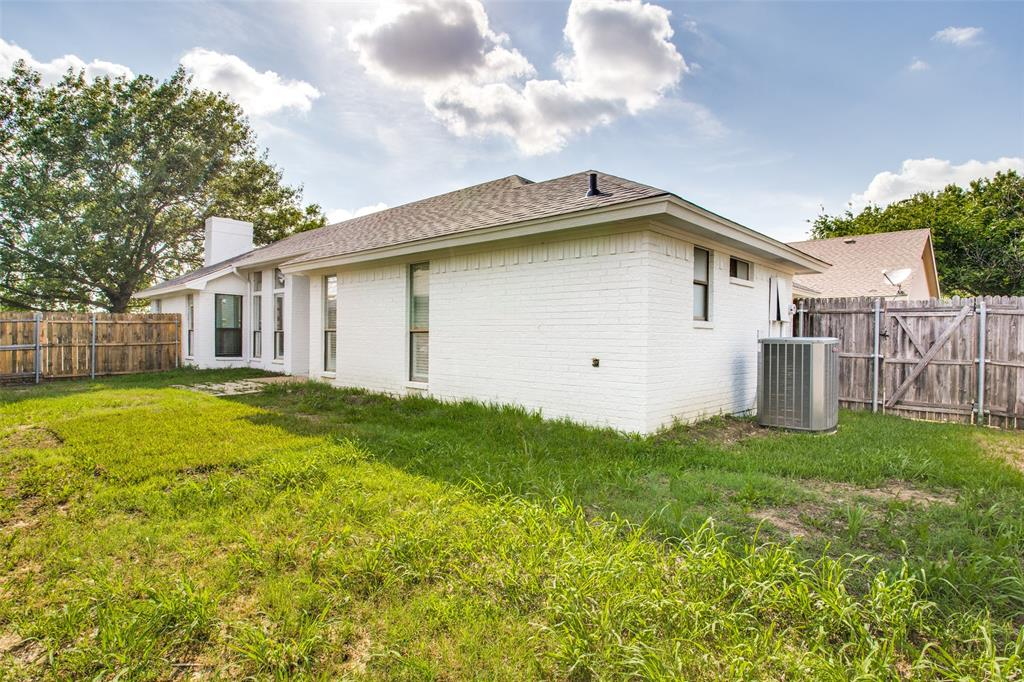 1120 Concord  Drive, Mansfield, Texas 76063 - acquisto real estate best realtor foreclosure real estate mike shepeherd walnut grove realtor