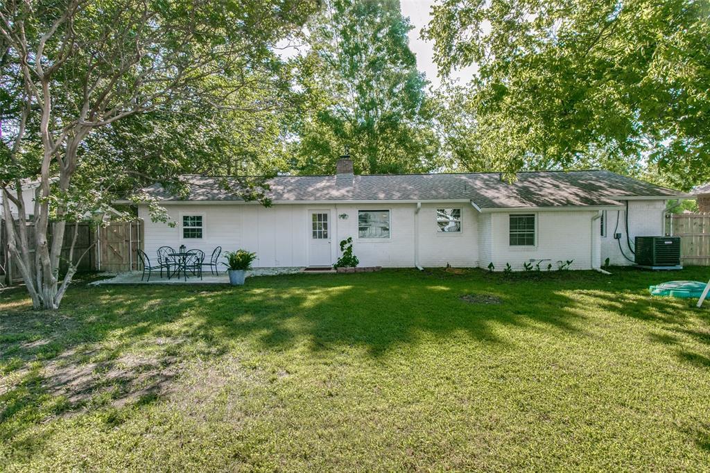205 Redbud  Trail, Shady Shores, Texas 76208 - acquisto real estate best realtor dfw jody daley liberty high school realtor