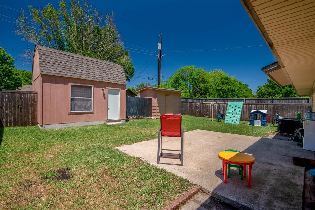 1001 Martin  Lane, Sherman, Texas 75090 - acquisto real estate best investor home specialist mike shepherd relocation expert