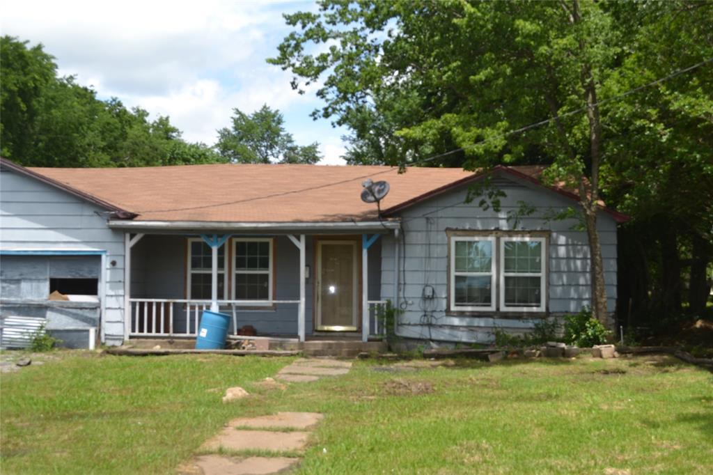 702 Main  Street, Ladonia, Texas 75449 - Acquisto Real Estate best frisco realtor Amy Gasperini 1031 exchange expert