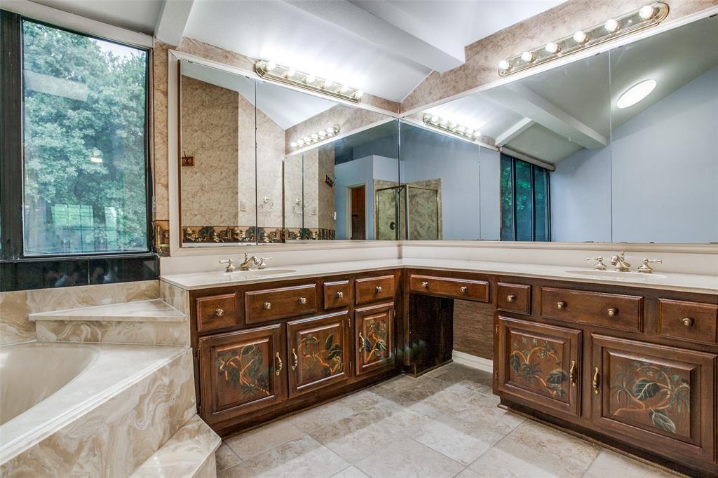 2403 Winding Hollow  Lane, Arlington, Texas 76006 - acquisto real estate best style realtor kim miller best real estate reviews dfw