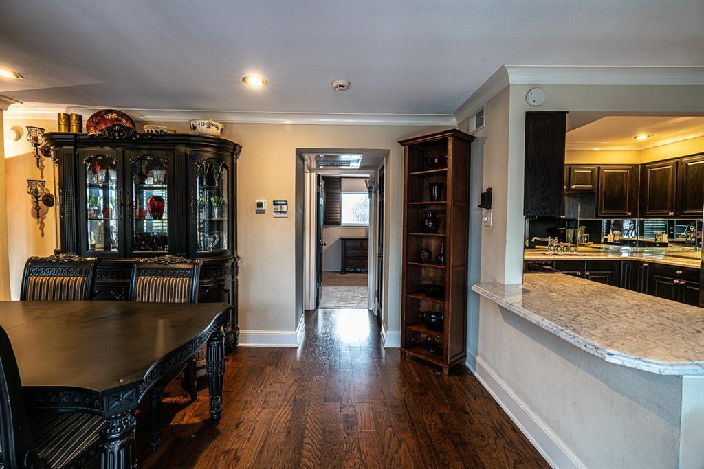 10209 Regal Oaks  Drive, Dallas, Texas 75230 - acquisto real estate best celina realtor logan lawrence best dressed realtor