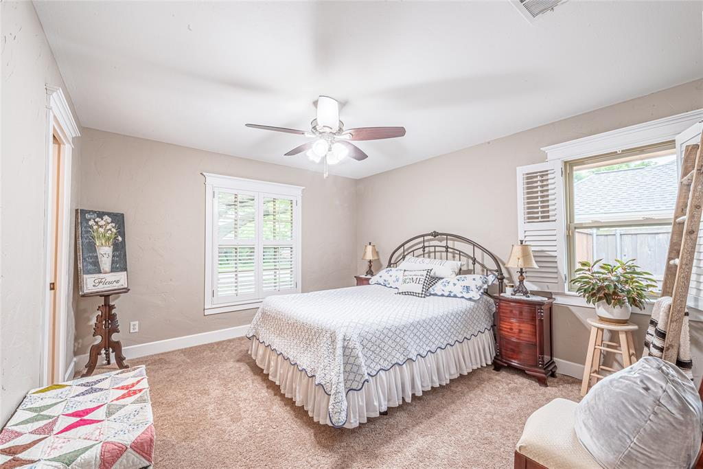 4508 Briarhaven  Road, Fort Worth, Texas 76109 - acquisto real estate best realtor foreclosure real estate mike shepeherd walnut grove realtor