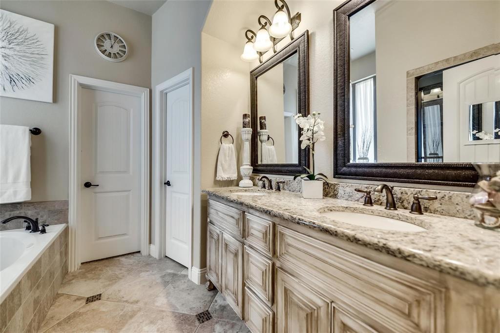 5637 Binbranch  Lane, McKinney, Texas 75071 - acquisto real estate best frisco real estate agent amy gasperini panther creek realtor