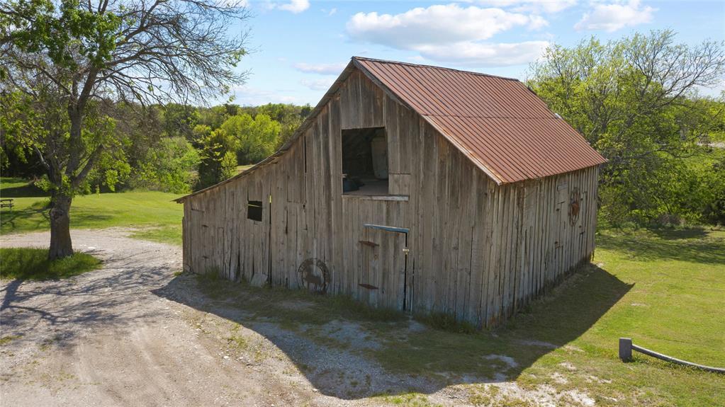 2011 Westmoreland  Road, Glenn Heights, Texas 75154 - acquisto real estate best celina realtor logan lawrence best dressed realtor