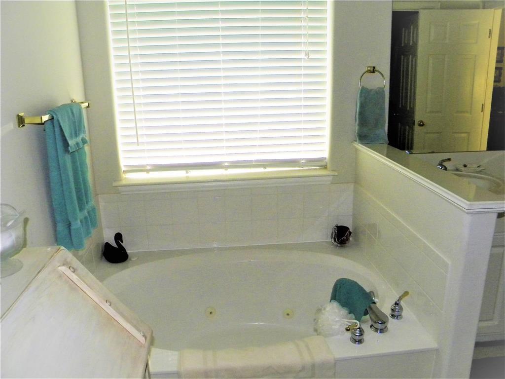 6216 Gillispie  Drive, Fort Worth, Texas 76132 - acquisto real estate best luxury buyers agent in texas shana acquisto inheritance realtor