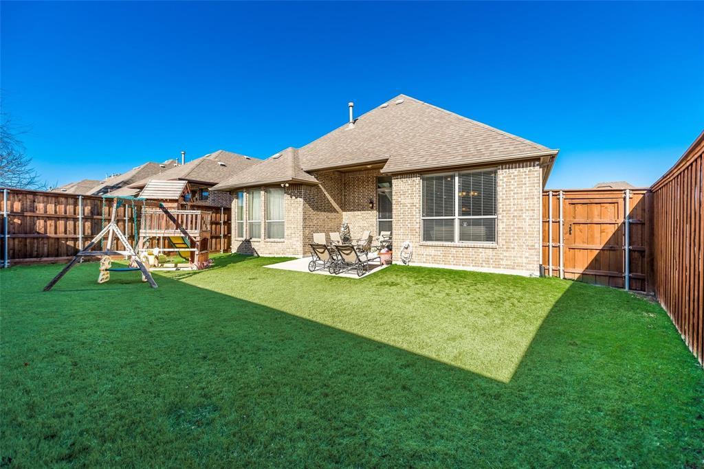 5637 Binbranch  Lane, McKinney, Texas 75071 - acquisto real estate best park cities realtor kim miller best staging agent