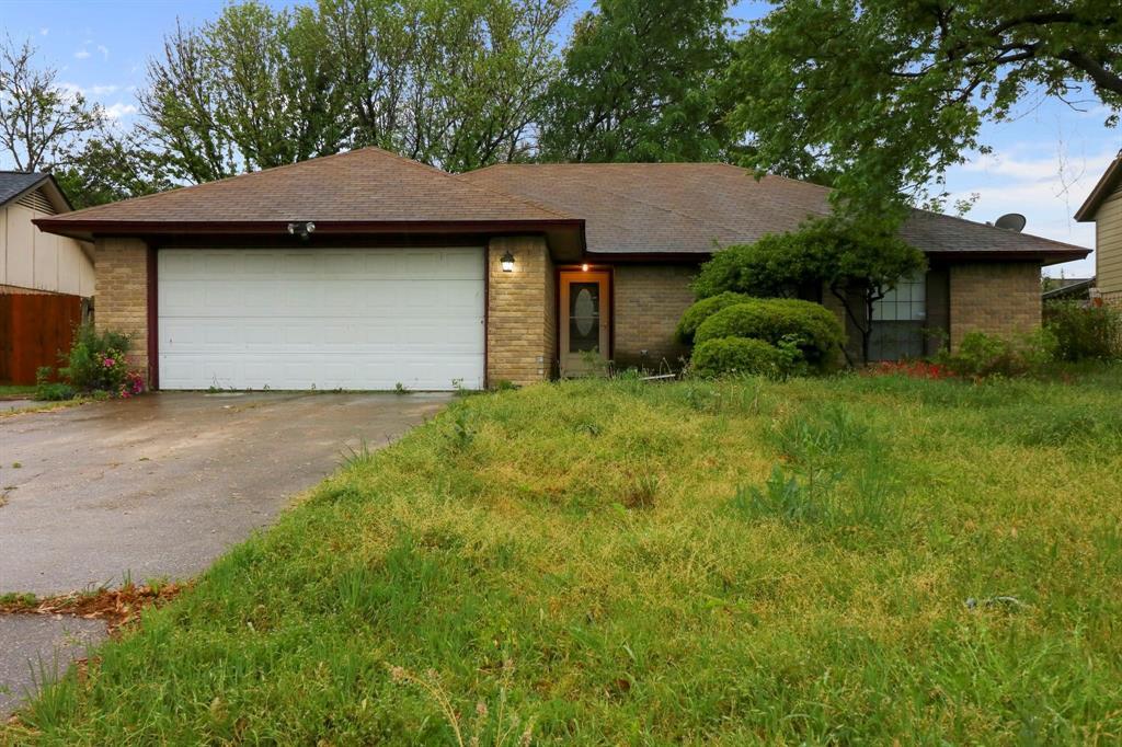 2453 Hallmark  Street, Grand Prairie, Texas 75052 - Acquisto Real Estate best plano realtor mike Shepherd home owners association expert