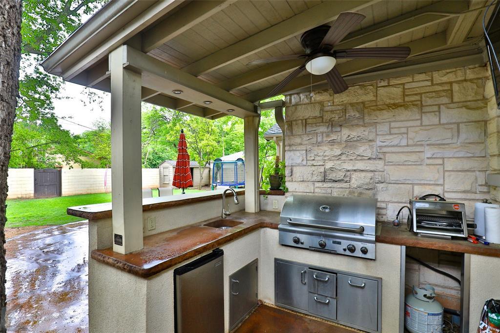 801 Rivercrest  Drive, Abilene, Texas 79605 - acquisto real estate best luxury home specialist shana acquisto