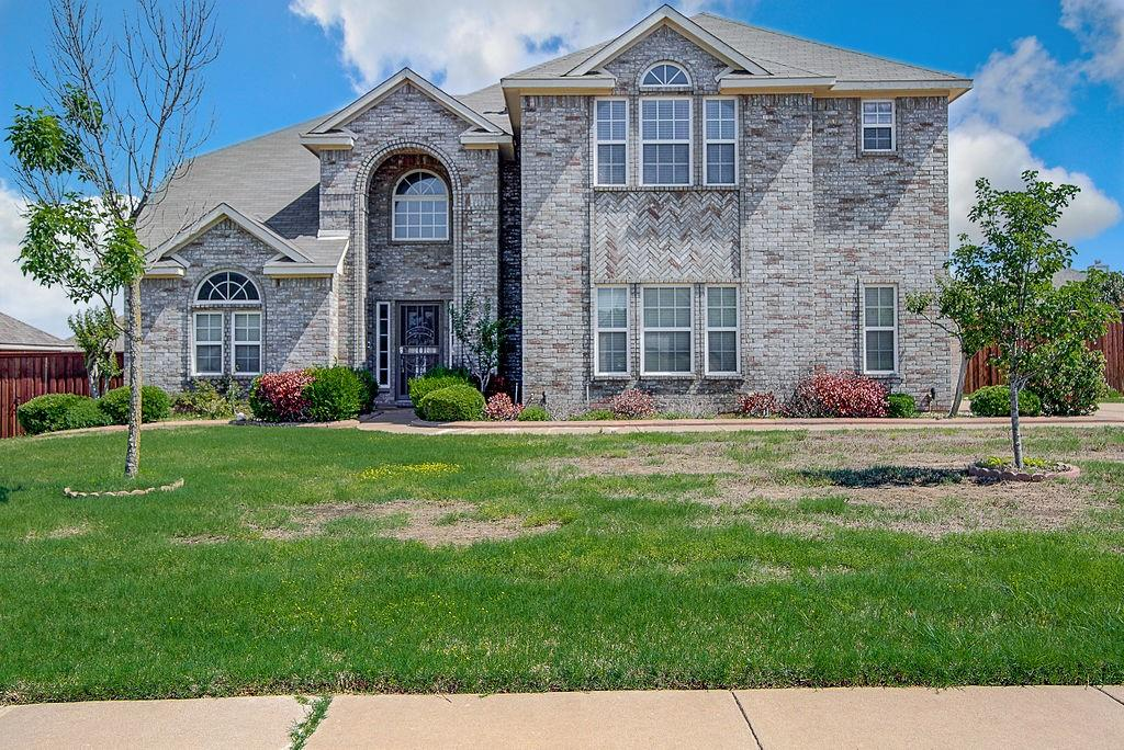 1209 Clearbrook  Drive, Kennedale, Texas 76060 - Acquisto Real Estate best frisco realtor Amy Gasperini 1031 exchange expert