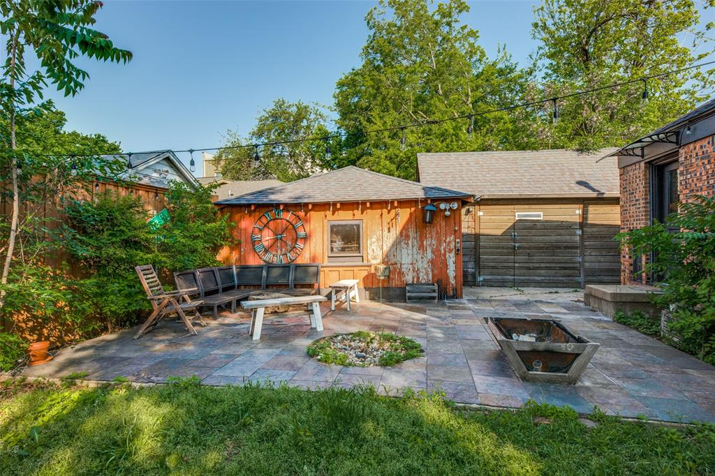2419 Grigsby  Avenue, Dallas, Texas 75204 - acquisto real estate best frisco real estate agent amy gasperini panther creek realtor