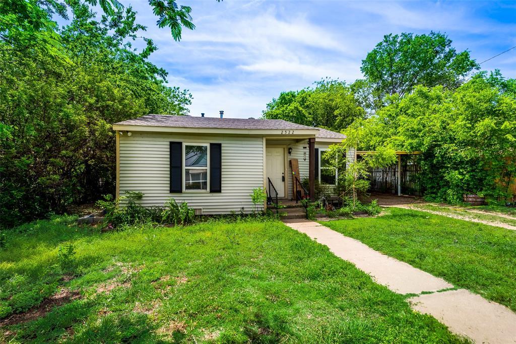 2522 High Crest  Avenue, Fort Worth, Texas 76111 - acquisto real estate best prosper realtor susan cancemi windfarms realtor