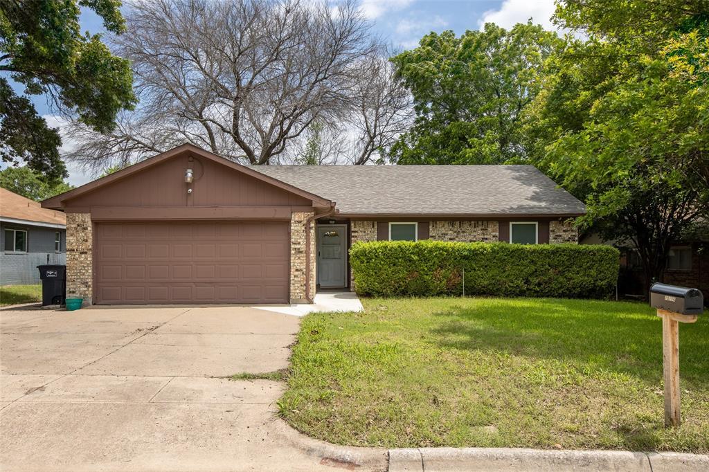 10156 Buffalo Grove  Road, Fort Worth, Texas 76108 - Acquisto Real Estate best frisco realtor Amy Gasperini 1031 exchange expert