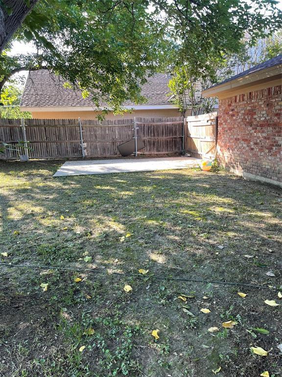 3413 Wendell  Drive, North Richland Hills, Texas 76117 - acquisto real estate best realtor dfw jody daley liberty high school realtor