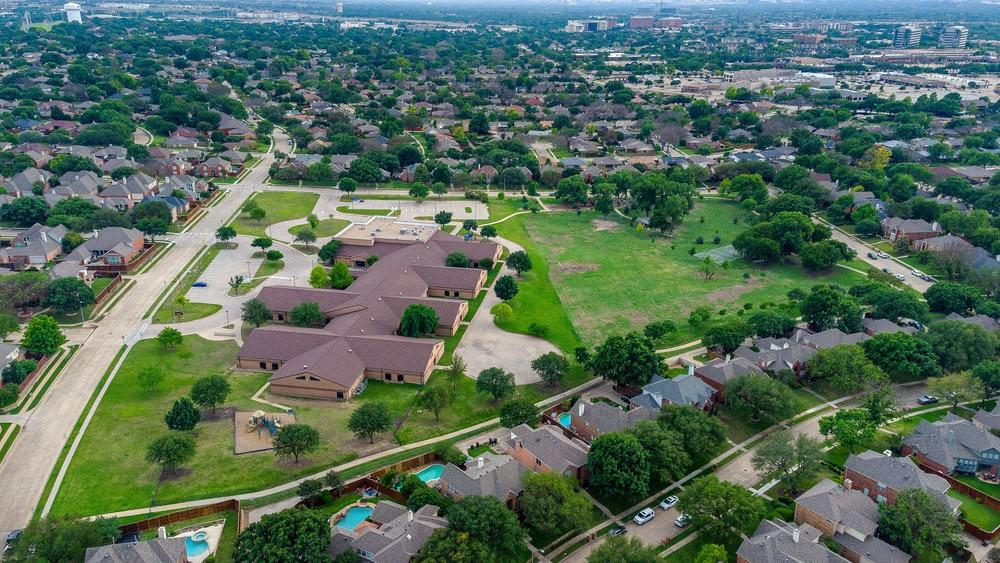 2705 Schofield  Court, Plano, Texas 75093 - acquisto real estate best realtor foreclosure real estate mike shepeherd walnut grove realtor
